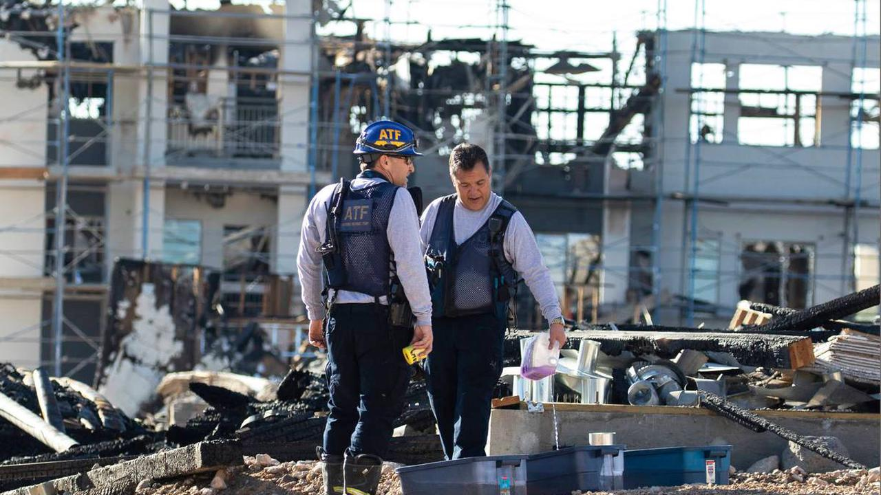 Feds join investigation into large apartment complex fire