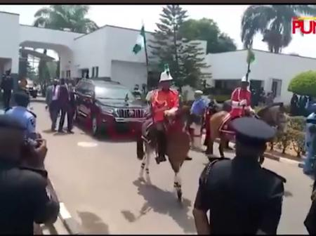 Moments New IGP Alkali Arrived Police Headquarters In Abuja With 2 Horses In His Entourage[Photos]