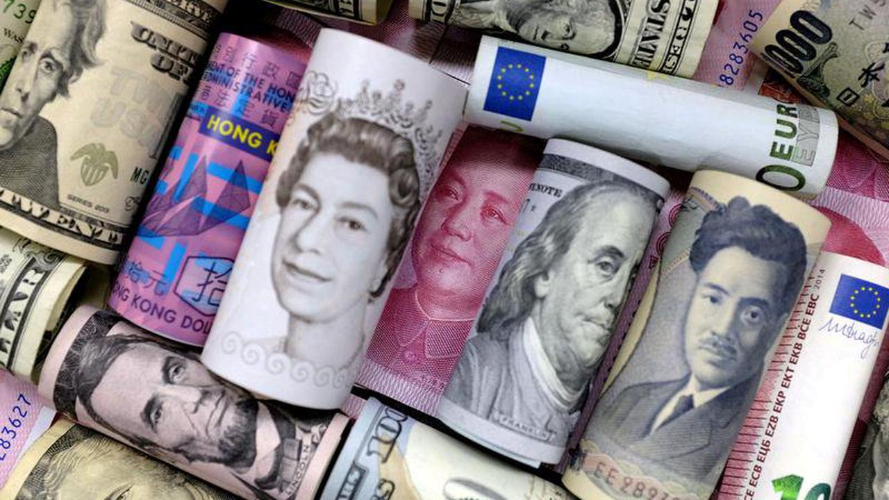 Analysis-Debt ceiling crises sharpen scrutiny of U.S. safe-haven status