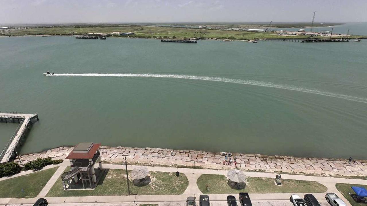 U.S. LNG exports set to fall to six-week low on Corpus Christi maintenance