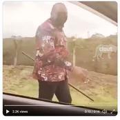 President Uhuru Kenyata walk around Nairobi Streets without security guards