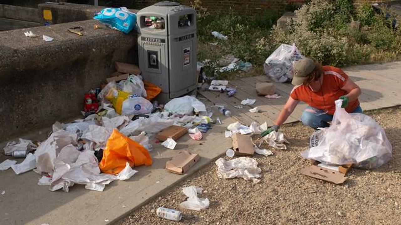 Millions of beach-goers admit leaving litter behind