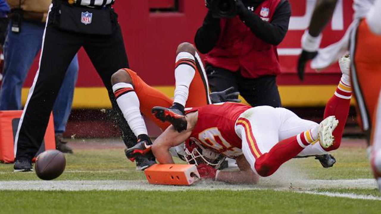 Locals in the NFL: BYU grad Daniel Sorensen uses his head to keep Browns out of end zone in AFC divisional round