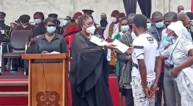 1f0eef68d422414ea9b1feda00279911?quality=uhq&resize=720 - Apam Drowning: Akufo-Addo Presents GH₵10,000 Each To Parents Of Victims
