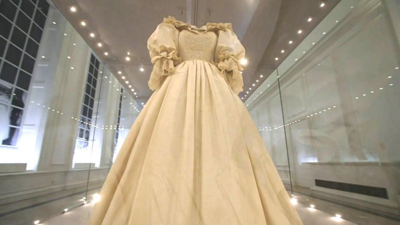 Une tranche d'histoire : vous pouvez désormais acheter un morceau du gâteau de mariage de la princesse Diana