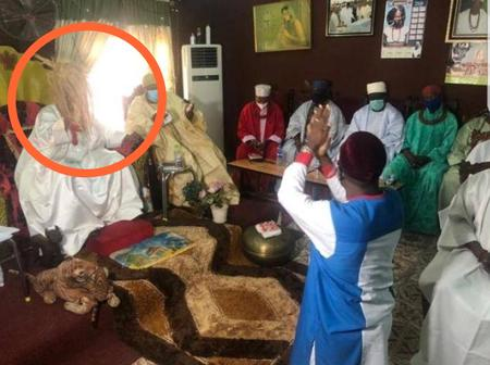 Edo 2020: See What The Onojie Of Igueben Did To Ize-iyamu When He Visited Him During His Campaign
