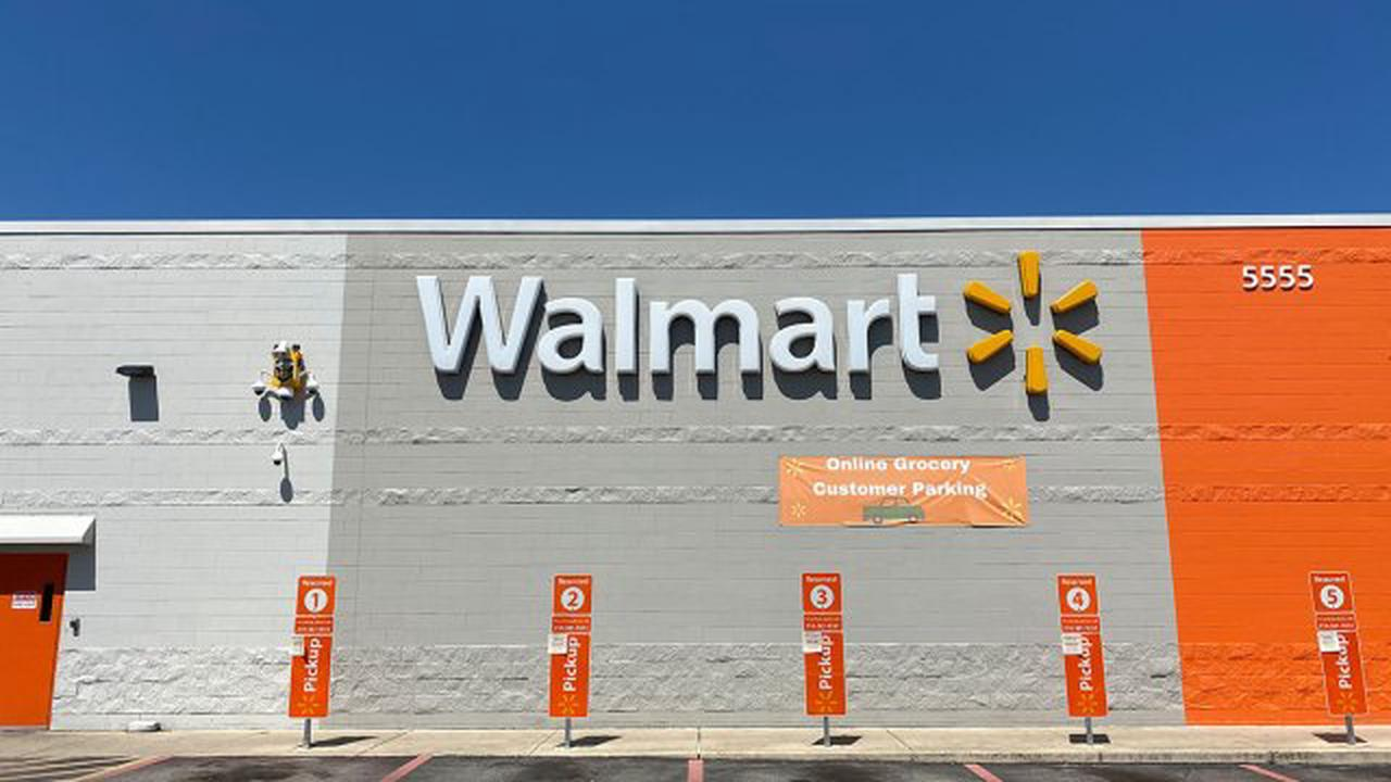 Walmart is Now Offering Drive-Thru COVID-19 Vaccinations in 18 States