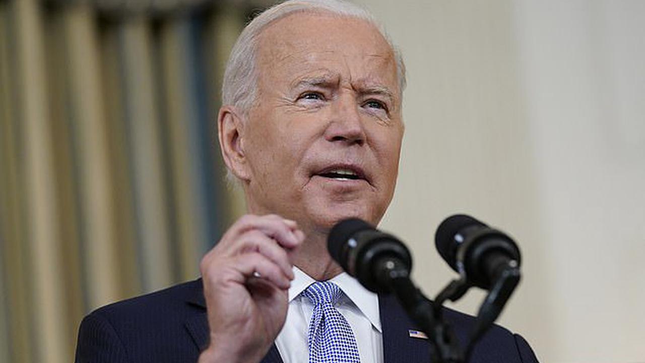 Democrats push Biden's $3.5 trillion spending bill through House Budget Committee