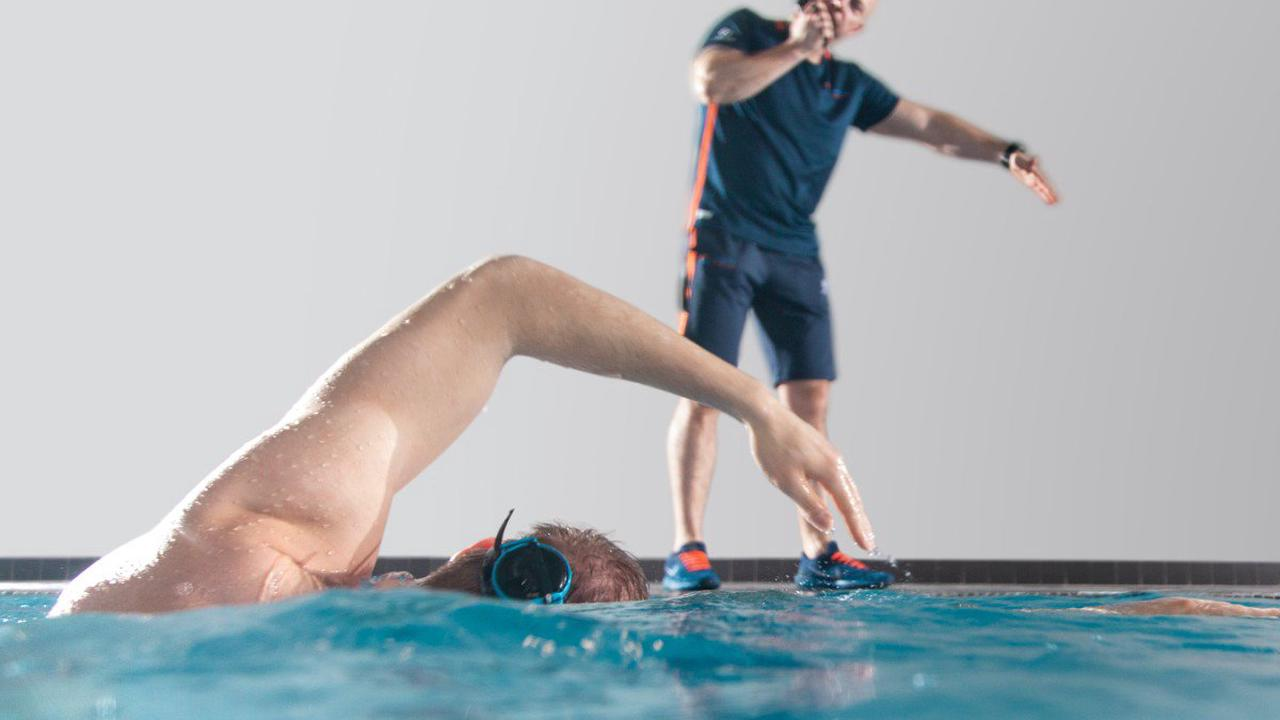 Sonr tech lets coaches talk to swimmers by radio