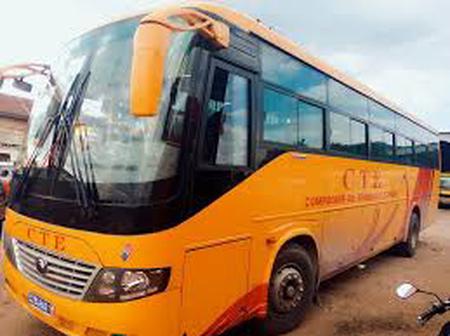 Akoupé : un autocar de la compagnie CTE part en fumée