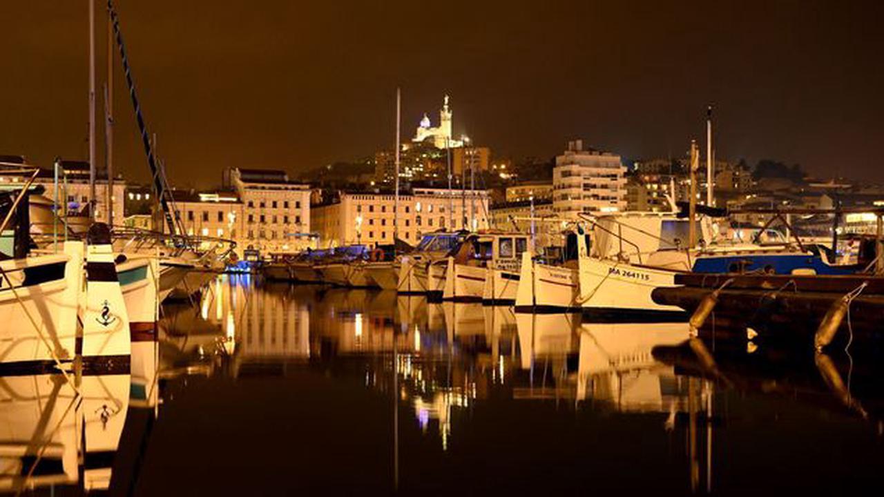 A Marseille, le couvre-feu à 18H00 ne convainc pas, malgré le variant anglais