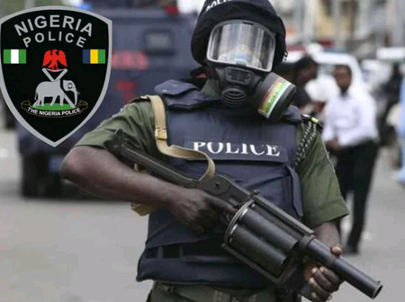 Today's Headlines: Bomb Discovered In Umuahia, Gunmen Invade Aba & Shot Sporadically As People Run