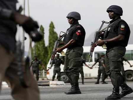 One Dead As Policemen, Soldiers Clash In Abuja, Youths Burn Down Police Station