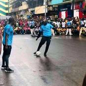Le président du Liberia Georges Weah joue au football dans la rue sans aucune crainte, admirez!