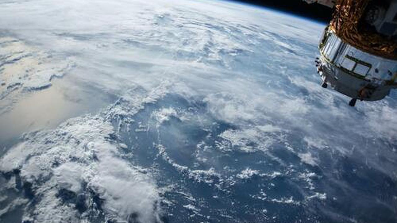 Japanese Company Developing Wooden Satellites to Decrease Space Junk in the Earth's Orbit