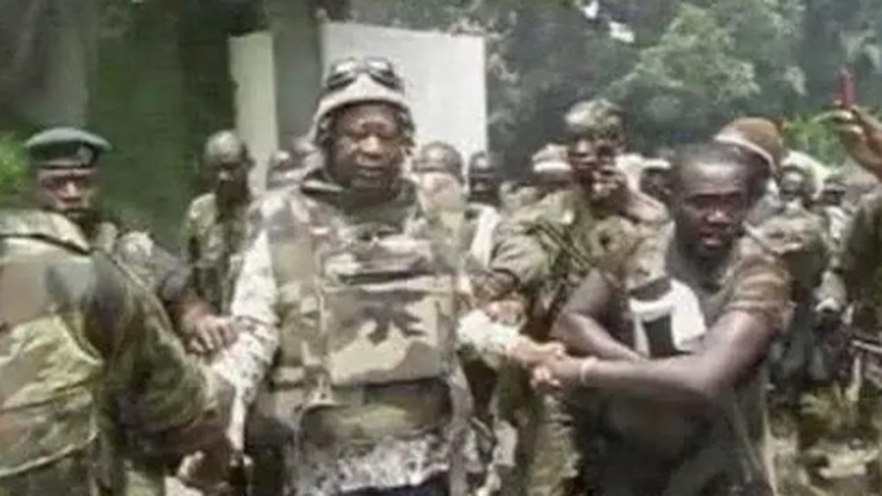 Devoir de mémoire : bombardement de la résidence de Laurent Gbagbo en 2011, voici les tristes images