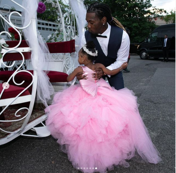 See photos from Cardi B and Offset