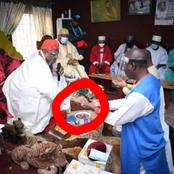 Edo 2020: This is What Edo Monarch Did To Pastor Ize-Iyamu After He Paid A Courtesy Visit Yesterday