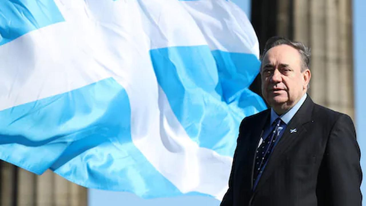 Alex Salmond 'stoking anti-English feelings with Braveheart video on breaking spines of oppressors'