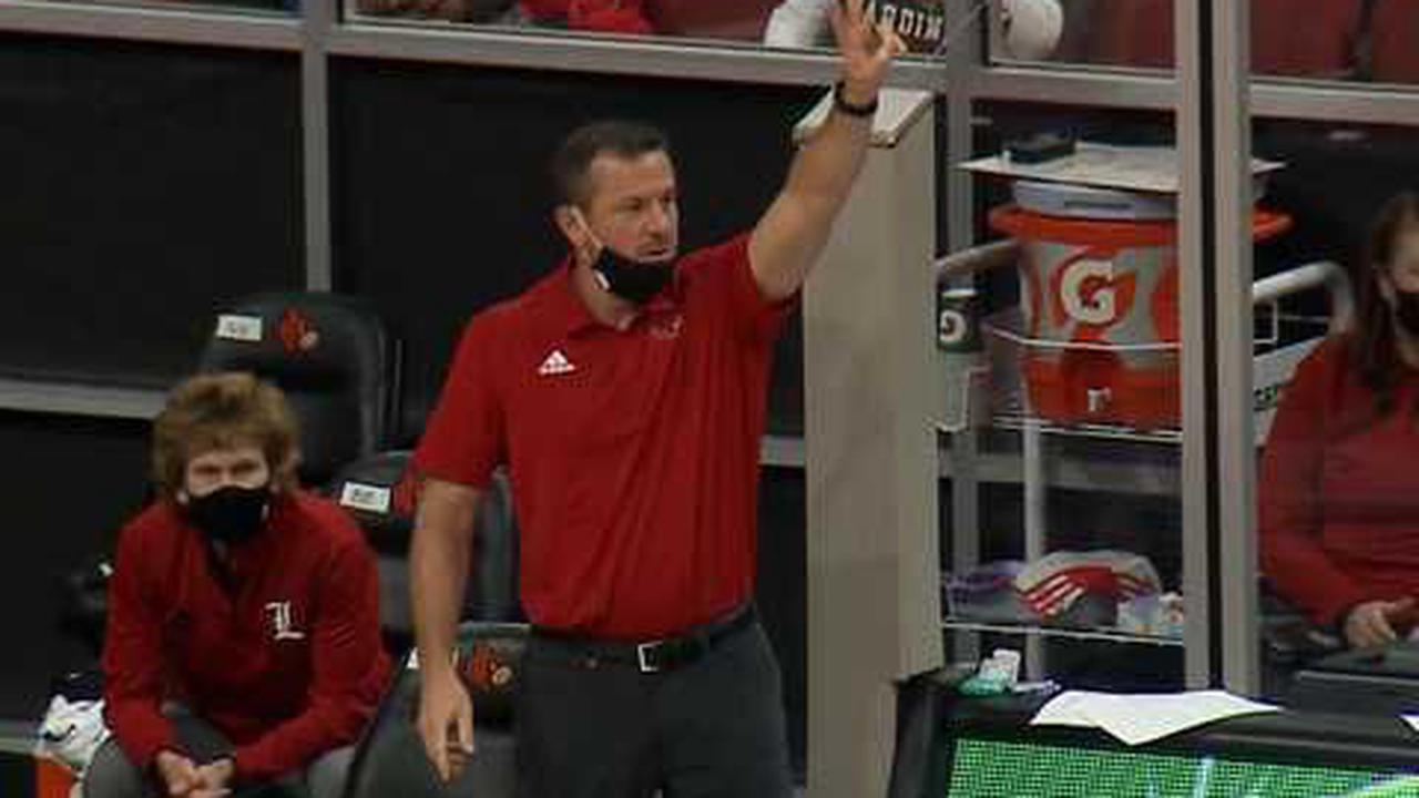 Jeff Walz facing a familiar problem: replacing an all-time player on his Louisville team