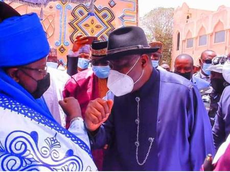 8 Photos: Emir of Bauchi, Alh. Rilwanu Receives Former Pres. of Nigeria, Dr. Goodluck in his Palace.