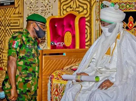 6 Photos: Emir of Kano, Alhaji Aminu Ado Bayero Receives Major General DH Alli Keffi in his Palace.
