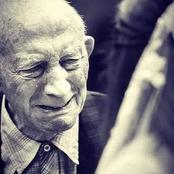 قصة.. كان رجلا عجوزا يبكي كل ليلة داخل غرفته بالمستشفى فوضع الطبيب كاميرا لرؤية ما يحدث فكانت المفاجأة