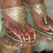 People with a fetish for long toe nails!