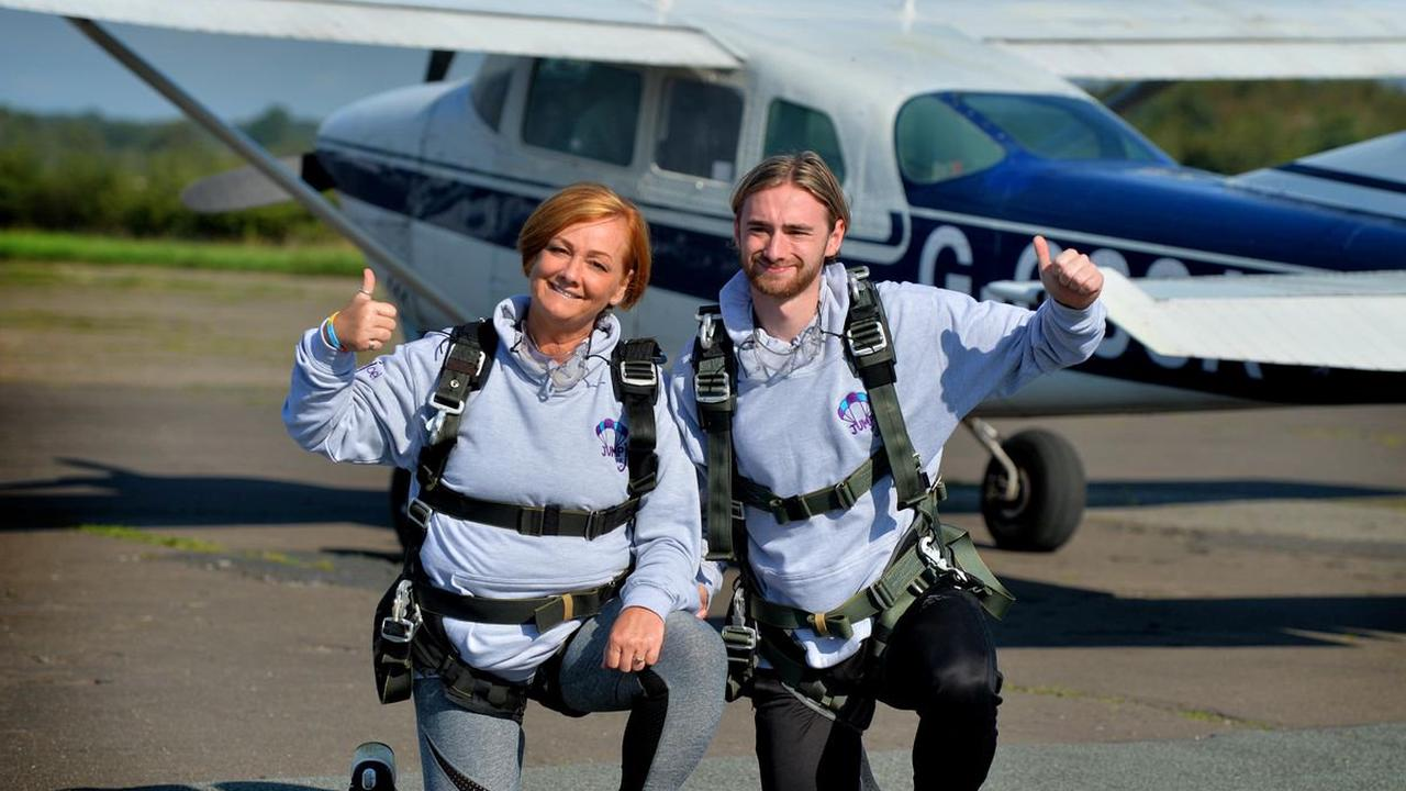 More than £43,000 raised in memory of Tunisia terror victims with tandem skydive