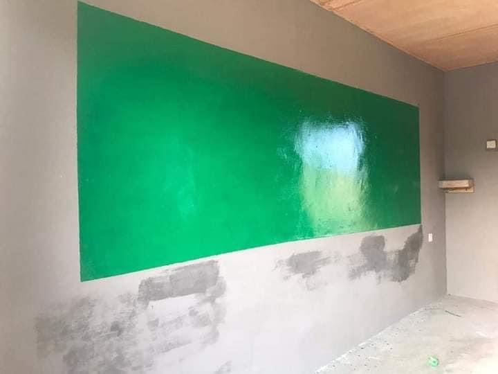 2603fa371cb549a1a71cfb41d24ca6ec?quality=uhq&resize=720 - Teacher Repainted His Classroom With His Money To Make Teaching & Learning Attractive For His Pupils