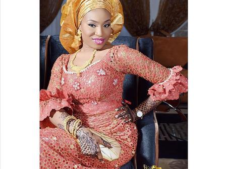 Latest and Elegant Asoebi Styles for Party Slay Queens
