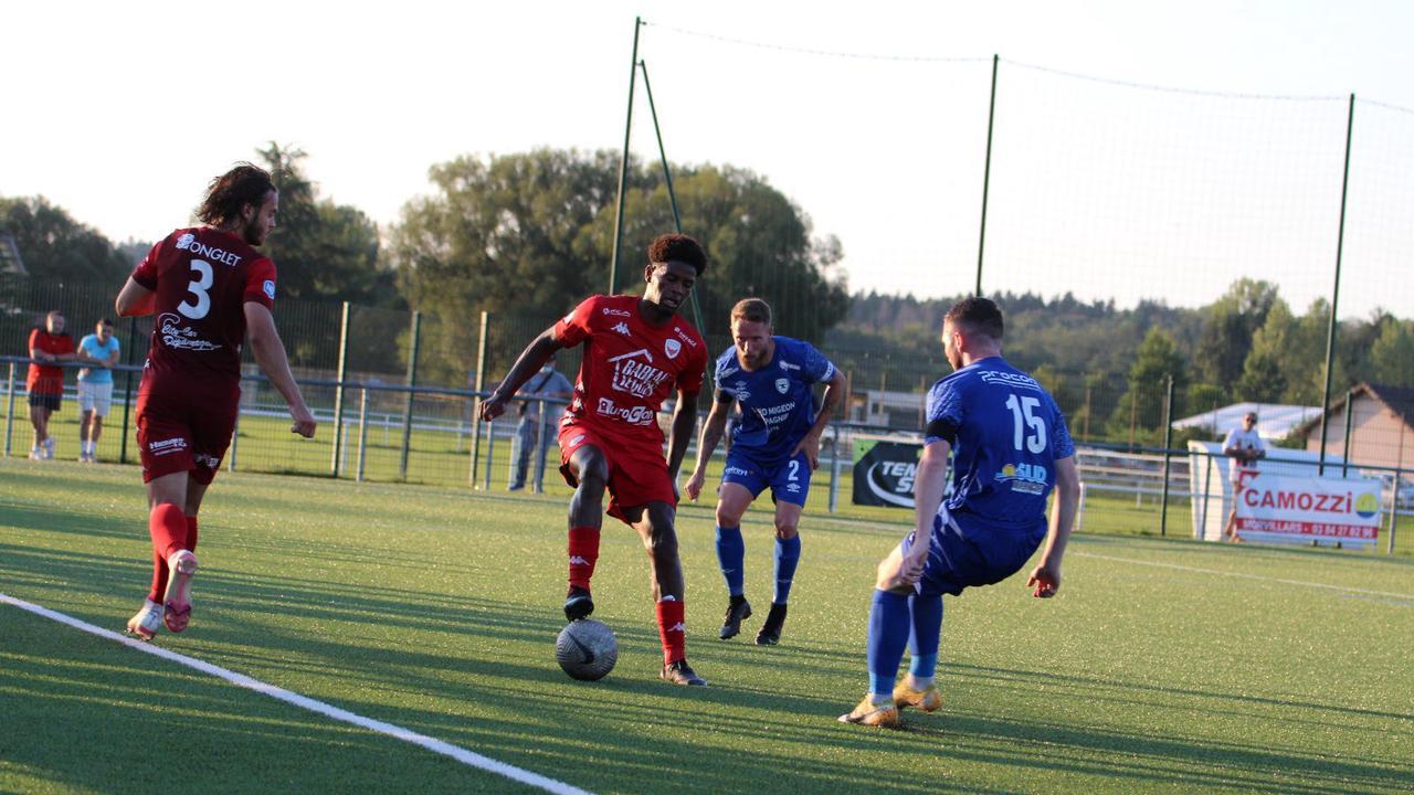 Le Racing Besançon et les clubs de futsal bisontins ensemble pour aller plus loin