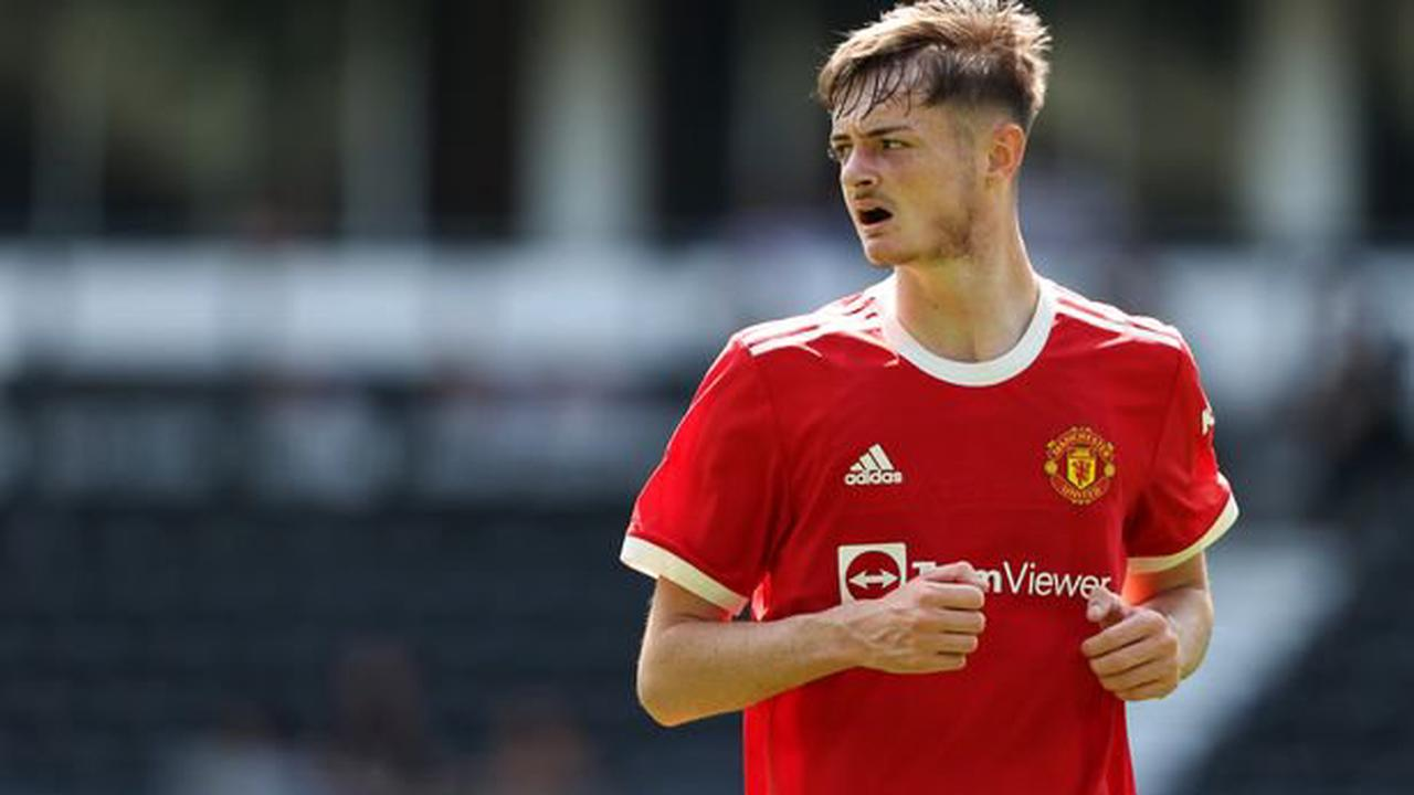 Manchester United might have already made their Joe Hugill decision