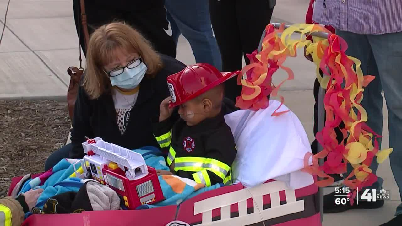 Fire truck parade fulfills dying toddler's 'Make-A-Wish'