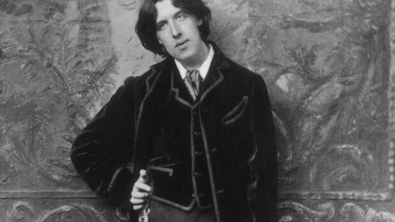 Watch Banksy Graffiti British Jail That Once Housed Oscar Wilde