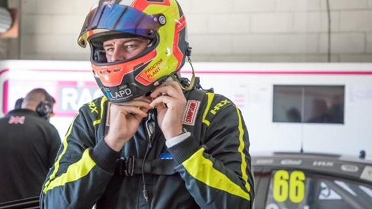 Senna Proctor goes fastest in mixed conditions at Oulton Park