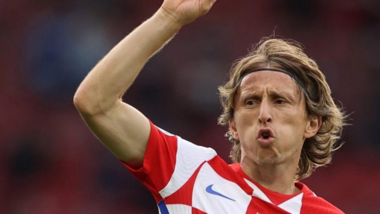 Modric et la Croatie accèdent aux huitièmes