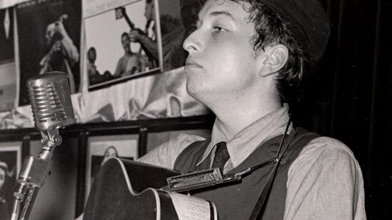 Un jour une histoire – 2 août 1962, Robert Allen Zimmerman devient officiellement Bob Dylan