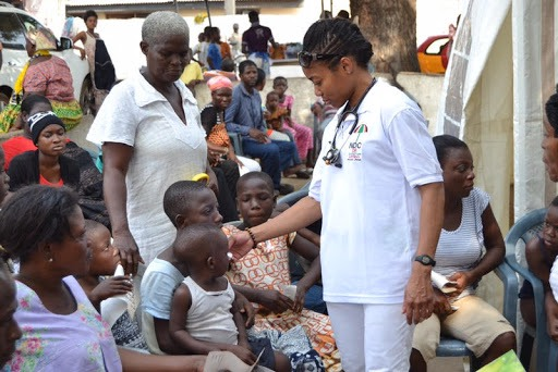 28adf894cf571d6c290ca58a7d64990d?quality=uhq&resize=720 - Aside Being An MP, Have A Look At Zanetor Rawlings As A Medical Doctor Treating People (Photos)