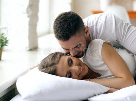 10 Romantic Good Night Messages For Your Boyfriend