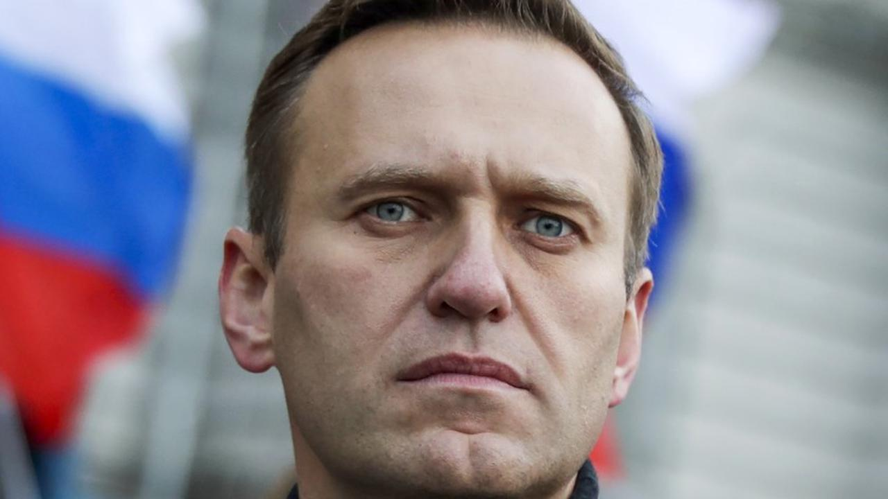 Navalny plans to return to Russia after recovery in Germany