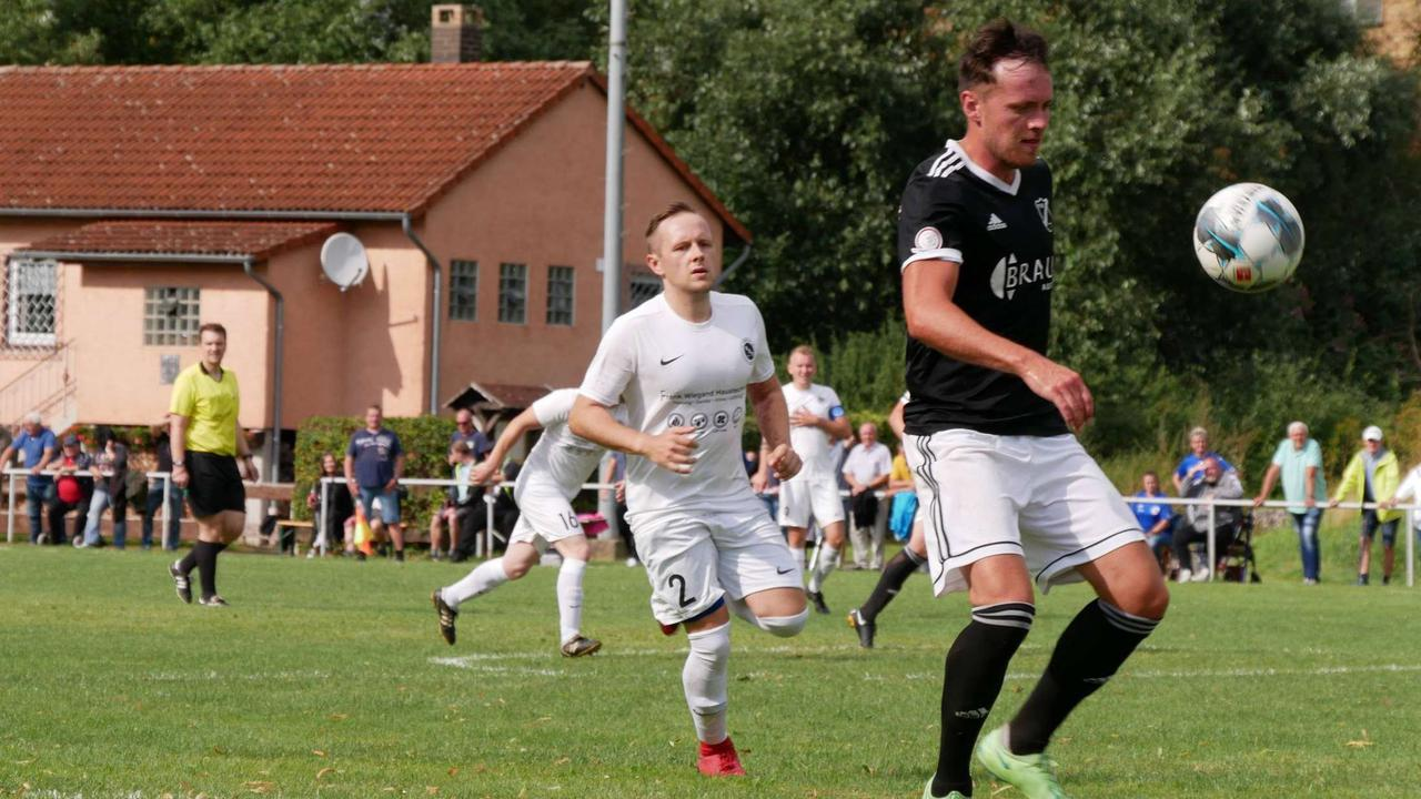 FSV ist eine Runde weiter: Verbandsligist aus Dörnberg schlägt Diemeltal 08 mit 2:0