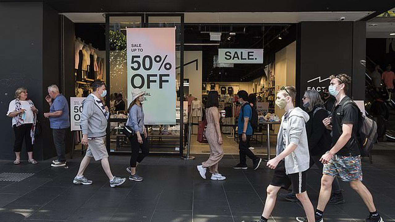 Boxing Day shoppers at a Melbourne Westfield are exposed to Covid-19