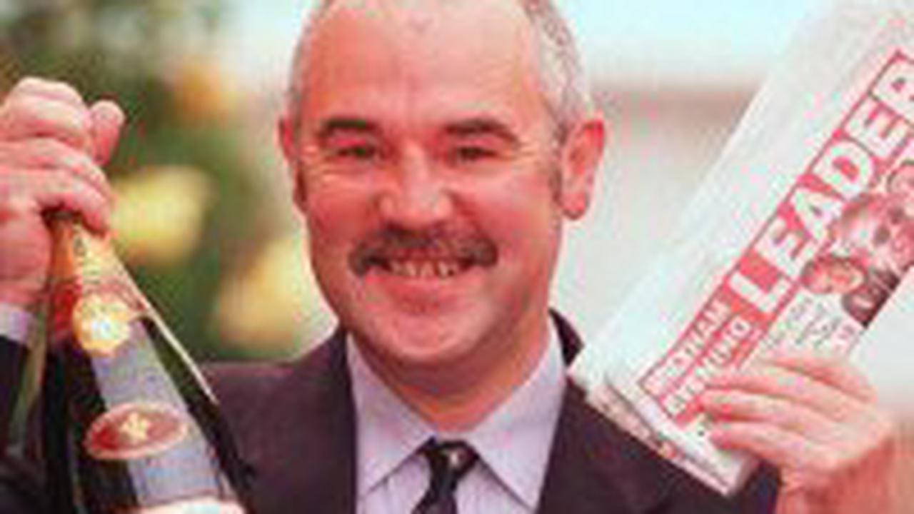Leader racing writer Arthur Shone dies aged 68