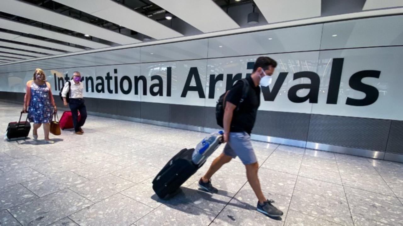 International vaccine recognition system needed for return of travel, Nphet says