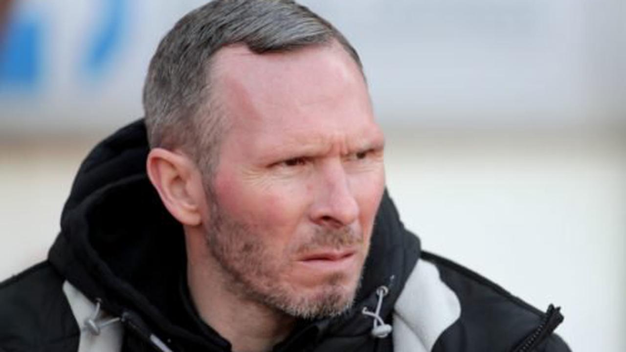 No new injury worries for Michael Appleton as Lincoln prepare to host MK Dons