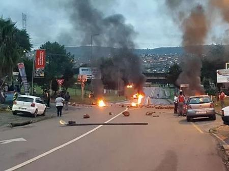 Atteridgeville Residents are Pleading With Police to Deal With Taxi Gang in the Area
