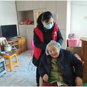 Grassroots NPC deputy Yu Mei endeavors to turn community into warm home for residents