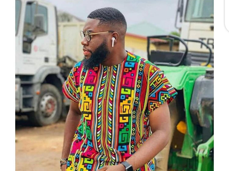 Sophisticated Ankara styles that men should sew to look attractive and handsome