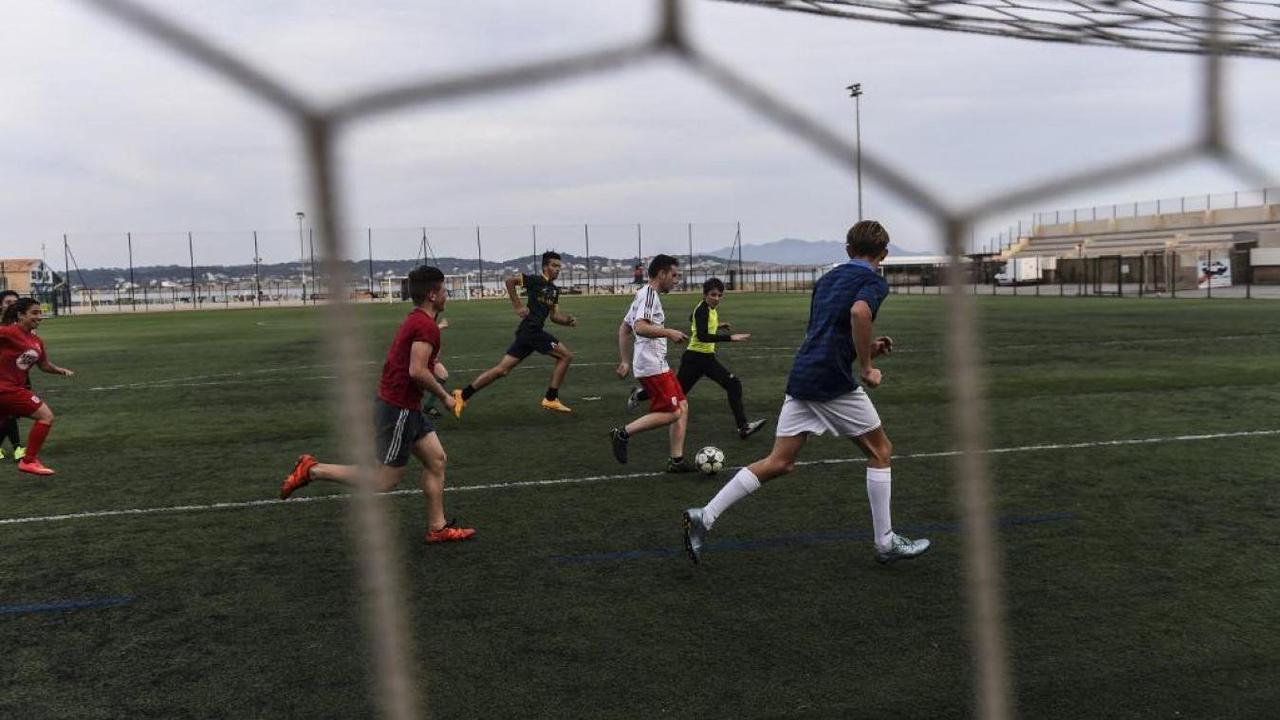 Le pass sanitaire obligatoire pour les footballeurs amateurs dès 12 ans annonce la FFF